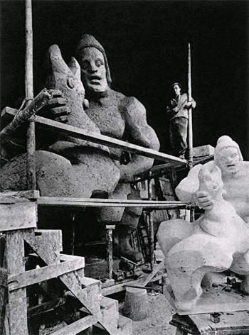Lipchitz e l\'opera Prometeo strangola l\'avvoltoio